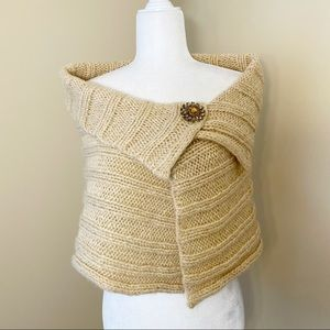 Bebe Shrug with Metallic Thread and Brooch Pin -OS
